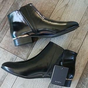 Zara black patent flat ankle booties size 6